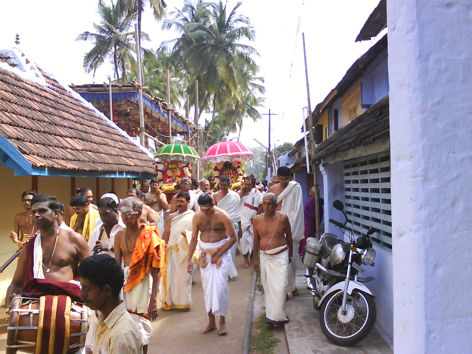 Deities being carried to the Chariot